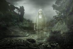 Nonne effrayante de diable images stock