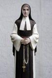 Nonnen-Statue Lizenzfreie Stockfotos