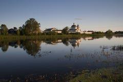 Nonnenkloster Spaso-Kasans Simansky in Ostrov Stockbilder
