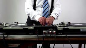 Nonno impressionante DJ archivi video