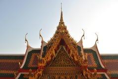 nontaburi buakwan Tailândia do wat budista da construção fotos de stock
