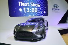 NONTHABURI - 12月1日:现代HND-9概念在Th的汽车显示 免版税库存照片