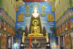 Nonthaburi buakwan Thaïlande d'analyse de wat bouddhiste merveilleux de bâtiment Photo stock