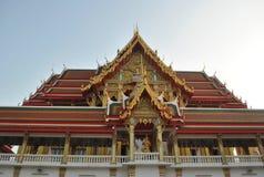 Nonthaburi buakwan Thaïlande de beau wat bouddhiste de bâtiment Photo libre de droits