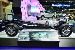 NONTHABURI - 1º DE DEZEMBRO: Despido ou descubra Mitsubishi Triton novo foto de stock