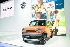 NONTHABURI - 1º DE DEZEMBRO: Exposição do carro de Suzuki Hustler em Tailândia Foto de Stock