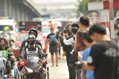 Nonthaburi - DEC 6 2017 : On the way of Thai celebrity rocker `Toon Bodyslam` takes on 55-day running marathon to raise money for. Public hospitals, 2,191-km Stock Photos