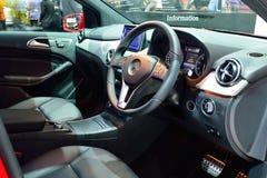 NONTHABURI - 1 DECEMBER: Binnenlands ontwerp van Mercedes BenZ B 200 Royalty-vrije Stock Foto