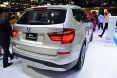 NONTHABURI - DECEMBER 1: BMW X3 xdrive 20d SUV bilskärm på Th Royaltyfria Foton