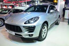 NONTHABURI - 1 DECEMBER: De vertoning van Porsche MaCan in Thailand Inter Stock Afbeelding