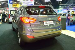 NONTHABURI - DECEMBER 1: Hyundai Tucson SUV bilskärm på Thail Arkivfoton