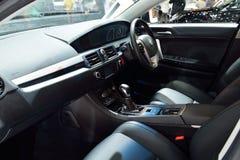 NONTHABURI - DECEMBER 1: Inredesign av MG 6 bilskärm på Royaltyfri Fotografi