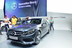 NONTHABURI - 1 DECEMBER: Nieuwe Mercedes BenZ-toont de c-Klasse auto a Royalty-vrije Stock Foto