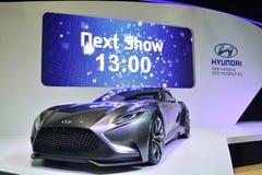 NONTHABURI - DECEMBER 1: Skärm för Hyundai HND 9 begreppsbil på Th Fotografering för Bildbyråer