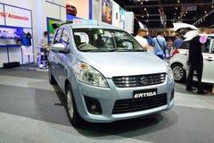 NONTHABURI - 1 DECEMBER: Suzuki Ertiga-autovertoning in Thailand I Royalty-vrije Stock Foto