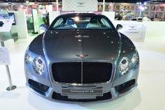 NONTHABURI - 1. DEZEMBER: Autoanzeige a Bentley Continentals GT V8 Stockfotografie