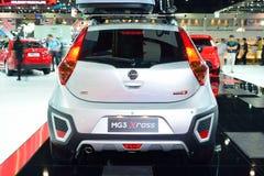 NONTHABURI - 1° DICEMBRE: Esposizione dell'automobile dell'X-incrocio di MG 3 alla Tailandia dentro Fotografie Stock Libere da Diritti
