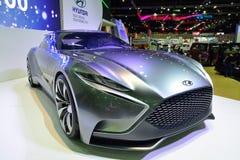 NONTHABURI - 1° DICEMBRE: Esposizione dell'automobile di concetto di Hyundai HND-9 a Th Fotografia Stock