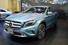 NONTHABURI - 1° DICEMBRE: Esposizione dell'automobile di Mercedes BenZ GLA 200 a Th Immagine Stock Libera da Diritti