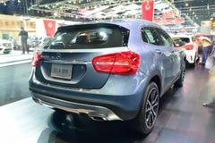 NONTHABURI - 1° DICEMBRE: Esposizione dell'automobile di Mercedes BenZ GLA 200 a Th Immagini Stock Libere da Diritti