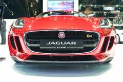 NONTHABURI - 1° DICEMBRE: Esposizione F tipa dell'automobile di Jaguar alla Tailandia I Fotografia Stock