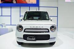 NONTHABURI - 1ER DÉCEMBRE : Affichage de voiture de Suzuki Lapin Chocolat au Th Images stock