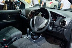 NONTHABURI - GRUDZIEŃ 1: Inteiror projekt Nissan Livina samochodu di Obrazy Royalty Free