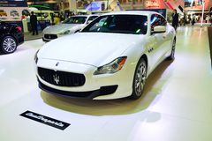 NONTHABURI - GRUDZIEŃ 1: Maserati Quattroporte samochodowy pokaz przy Th Zdjęcia Stock