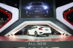 NONTHABURI - 23. MÄRZ: NEUES Honda Civic 2016 auf Anzeige an den 37 Stockfotografie