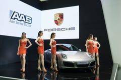 NONTHABURI - MARS 23: Nya Porsche 911 Carrera S på skärm på T Royaltyfria Foton