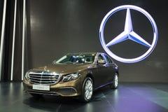 NONTHABURI - MARZEC 23: NOWY Mercedez Benz e 220 d na pokazie przy T Obraz Stock