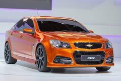 NONTHABURI, TAILÂNDIA - 6 DE DEZEMBRO: Carro de Chevrolet SS na exposição Fotos de Stock Royalty Free