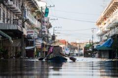 Nonthaburivloed in Thailand de 2011-levensstijl van mensen in mas Royalty-vrije Stock Fotografie