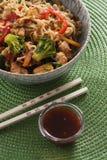 Noodle αυγών wok Στοκ Εικόνα