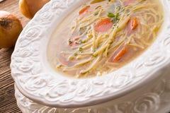Noodle σούπα με το ζωμό βόειου κρέατος Στοκ φωτογραφίες με δικαίωμα ελεύθερης χρήσης