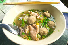 Noodle σούπα με το κρέας Στοκ Φωτογραφίες