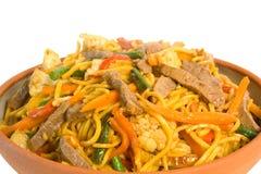 noodle τηγανητών βόειου κρέατος ανακατώνει στοκ εικόνες