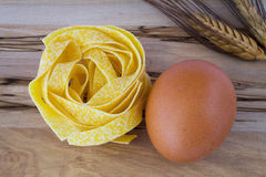 Noodles and egg Royalty Free Stock Photos