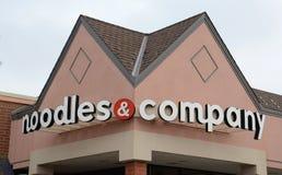 Noodles et logo de Company Images libres de droits
