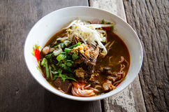 Noodles kanomjeen namngew. On background wood Stock Image