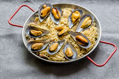 Noodles with seafood stew Royalty Free Stock Images