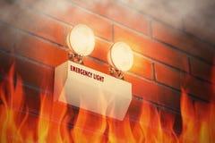 Noodsituatielicht binnen de brandbouw royalty-vrije stock foto