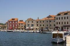 Noontime im Mittelmeerhafen Stockbild