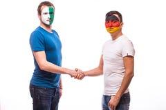 Noord-Ierland versus vriendschappelijk de handdruk egual spel van Duitsland Royalty-vrije Stock Afbeelding