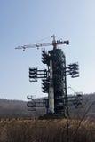 Noord-Korea Raket in de plaats vóór lancering Stock Foto's