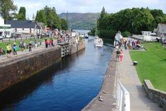 Noordelijk deel van Schotland Natuurlijke landschappen van talrijke meren, bossen en Schotse bergen stock foto's