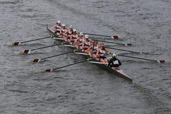 Noordoostelijke Universitaire rassen in het Hoofd van het Kampioenschap Eights van Charles Regatta Women stock foto