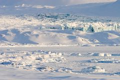 Noordpool landschap, gletsjer en bevroren fjord Royalty-vrije Stock Fotografie