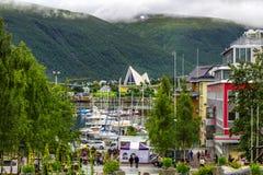 Noordpoolkathedraal in Tromso-stad in noordelijk, Noorwegen royalty-vrije stock foto