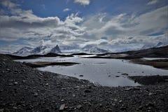 Noordpooloever in Svalbard Juni 2018 stock foto's